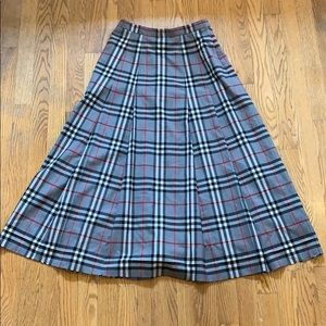 Vintage Burberry Skirt  size 6